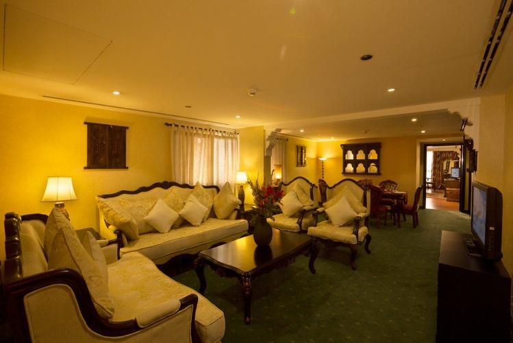 جناح كبير فندق اريبيان كورتيارد فندق وسبا بر دبي