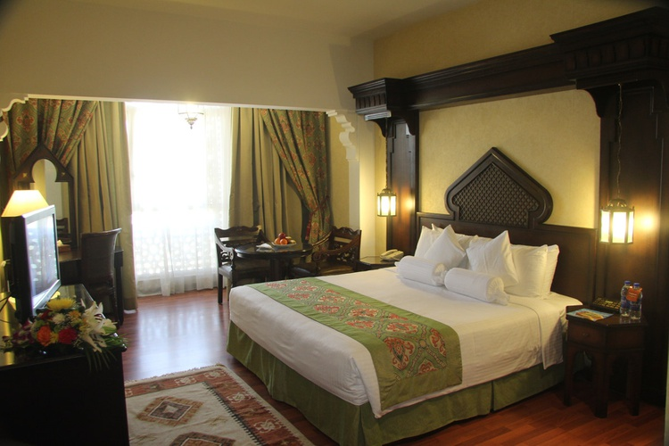 غرفة فندق اريبيان كورتيارد فندق وسبا بر دبي
