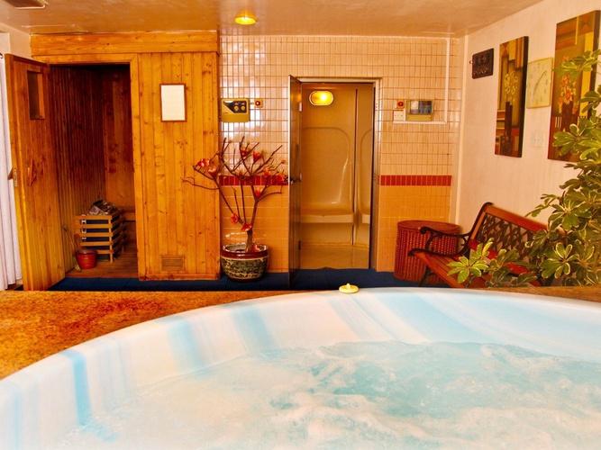 الجاكوزي فندق اريبيان كورتيارد فندق وسبا بر دبي