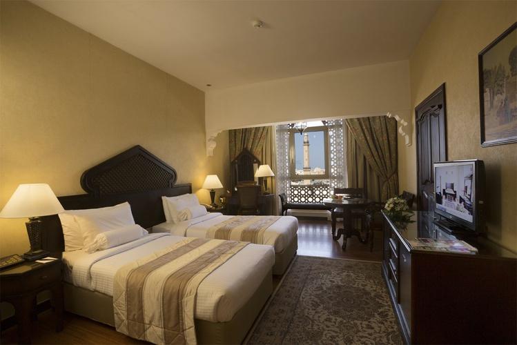 غرفة رجال الأعمال فندق اريبيان كورتيارد فندق وسبا بر دبي